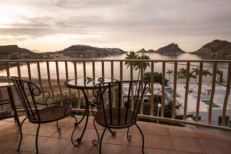 Majestic Bahia Ocean Views, Quiet San Carlos Condo