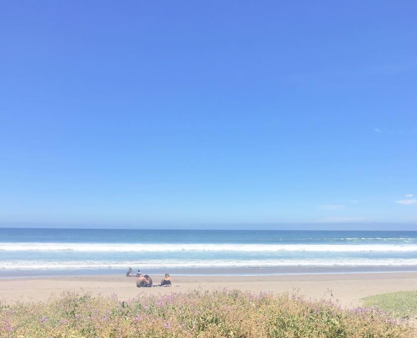 A pasos de la playa