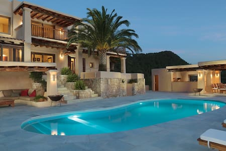 Ibiza Villa Casetas - Puig d'en Valls - Villa