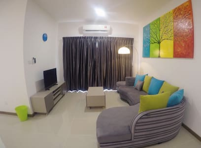 Migliore Homestay @ MontBleu Residence, Ipoh - Tambun - Townhouse