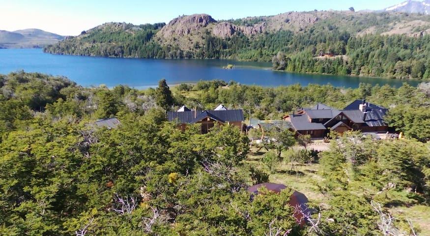 Habitacion Standard vista Lago baño privado