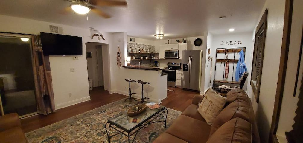 Quiet Desert Retreat Bullhead City, AZ condo