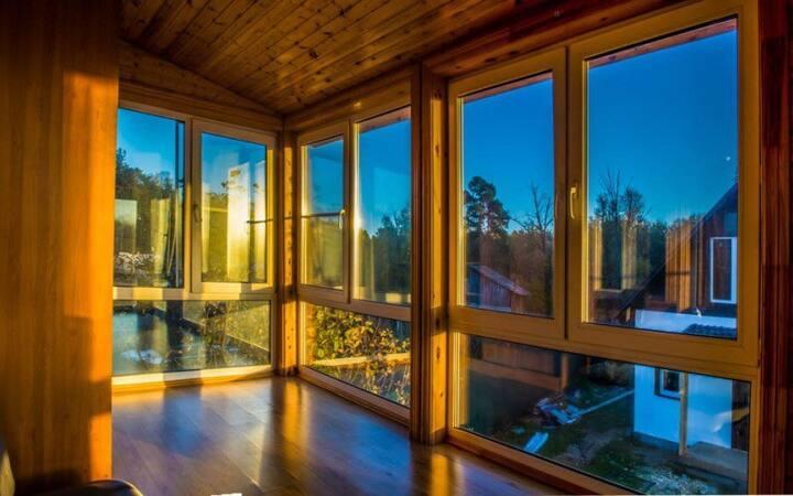 14 комнат в 5 домах от 1800 у озера