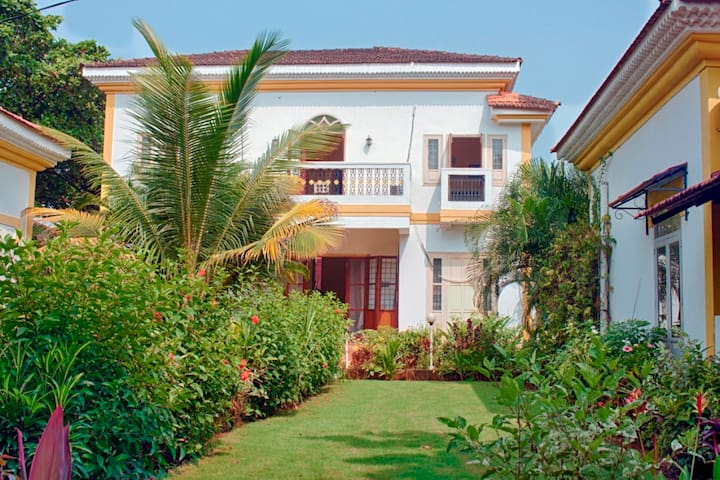 Beach villa in South Goa - Cavelossim - Huis