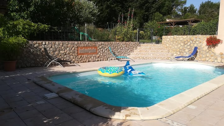 Appartement T3 de 60 m2 avec piscine et parking