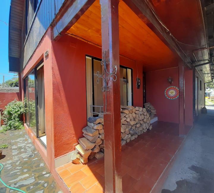 Habitación económica para dos, en confortable Casa