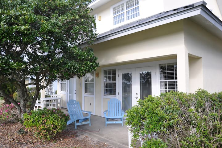 Destin Beach Cottage-April 19-28 ON SALE!!!
