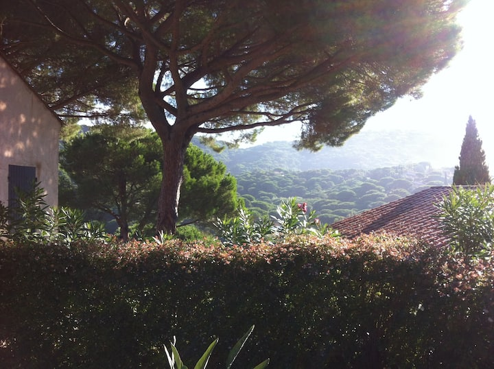 Gigaro, bastide avec vue panoramique