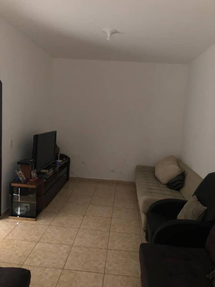 Quarto suite e quarto Frente ao Metrô Jabaquara