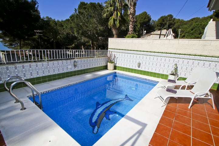 MEDITERRANEA House with private pool, beach at 20m