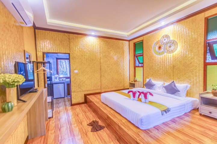 Bamboo cottage 4/Air-conditioning /Double Bed