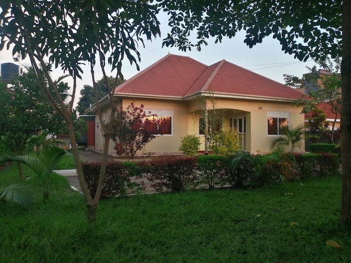 Three bedroom stand alone special home fo rent