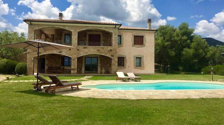 Villa O'Giardinos