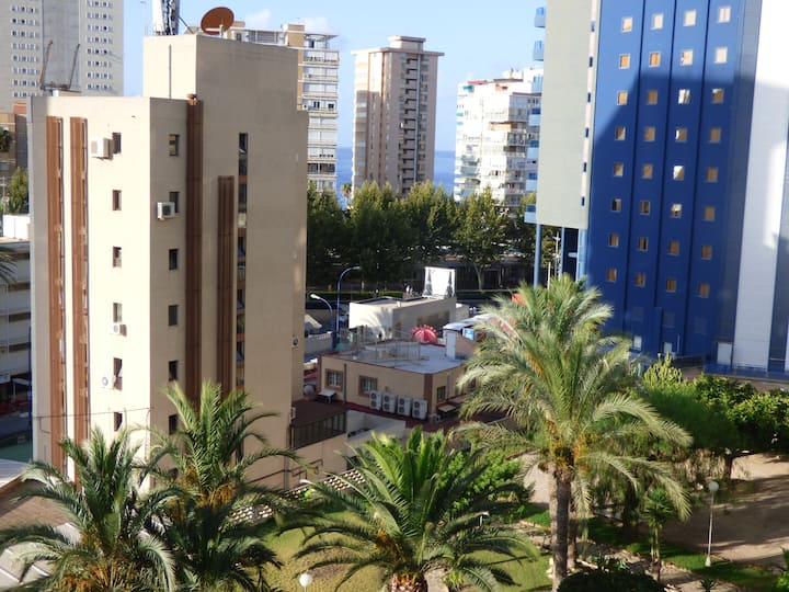 Apartamento zona Plaza Triangular con piscina