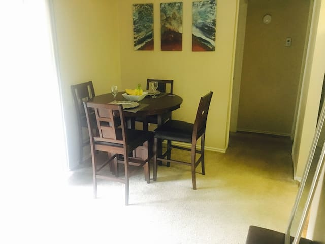 Spacieux appartement et comfty 1 chambre - Euless - Apartment