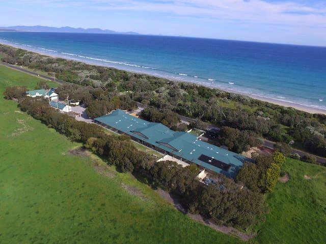 Waratah Bay on Doorstep Room 9