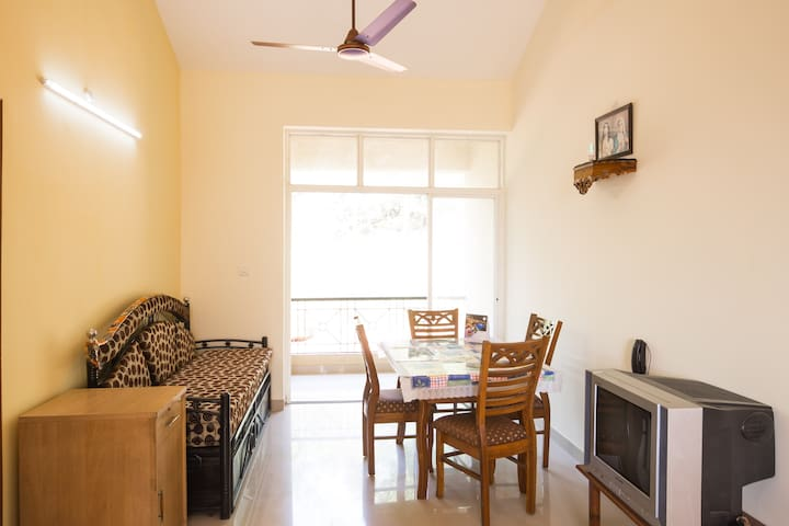 FURNISHED 2 BHK FLAT FOR VACATIONERS IN SOUTH GOA