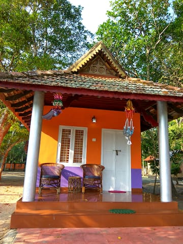 Lake facing Private cottage - Alappuzha - Appartement