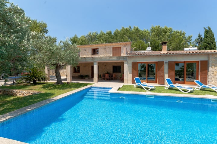 Cas Sollerich: Great stone finca with pool