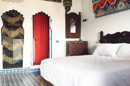 Gorgeous Studio w/ TERRACE - Chefchaouen - Bed & Breakfast