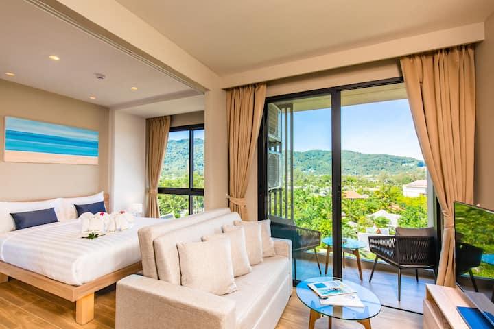 1 Bedroom Suite With Breakfast Near Laguna Phuket
