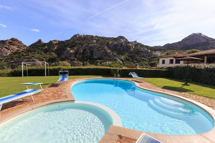 Appartamento in Villa con piscina - Baja Sardinia - Apartment