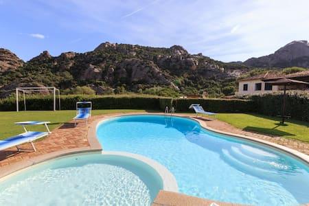 Appartamento in Villa con piscina - Baja Sardinia
