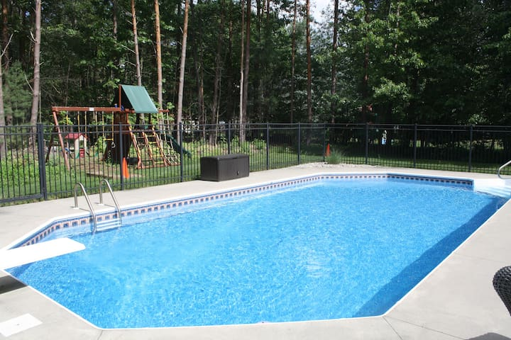 Beautiful Track/SPAC Rental w/ pool - Ballston Spa - Hus