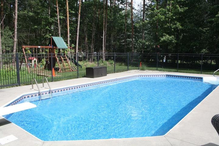 Beautiful Track/SPAC Rental w/ pool