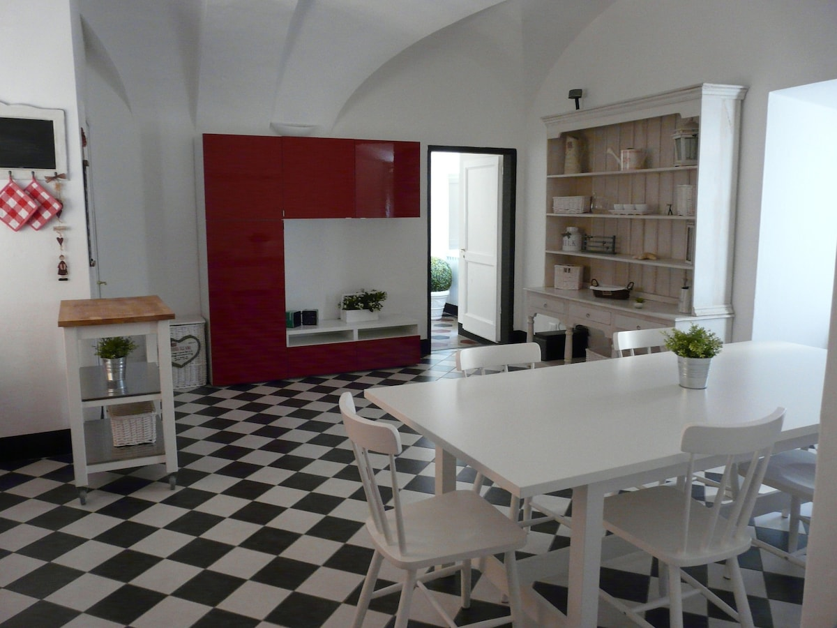 Apartment in Finale Ligure on the sea
