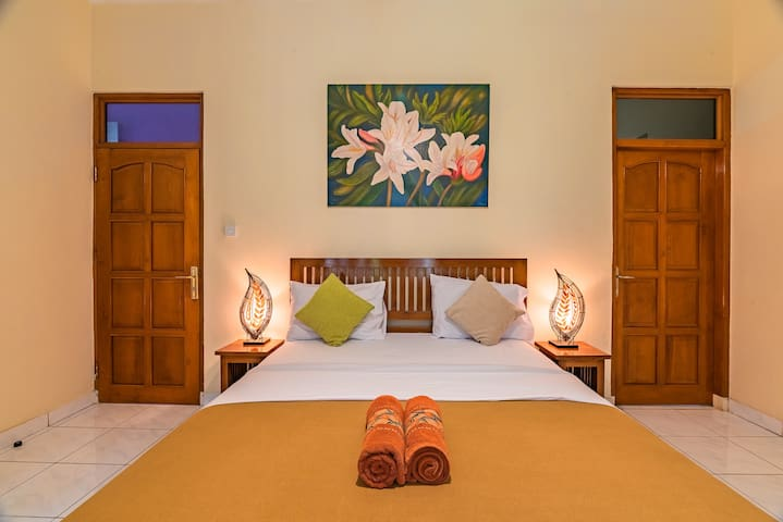 #5 Deluxe Room Perfect for Budget Traveller