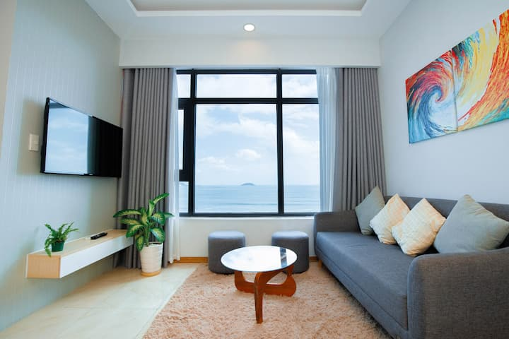 Moonlight Bay Beachfront Aparment 632