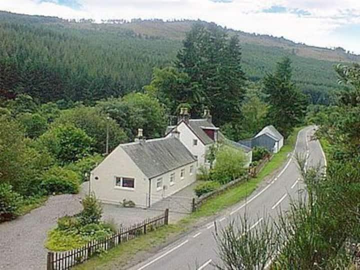 RiverView Cottage - Loch Ness