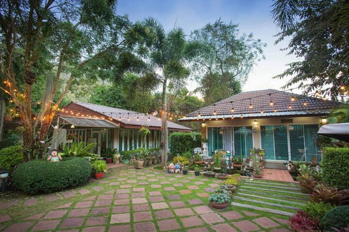 Bhan Nam Pood-Sunshine Cottage (บ้านอิงตะวัน)