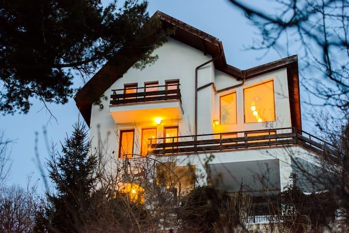Paradise View Residence - Brașov - House