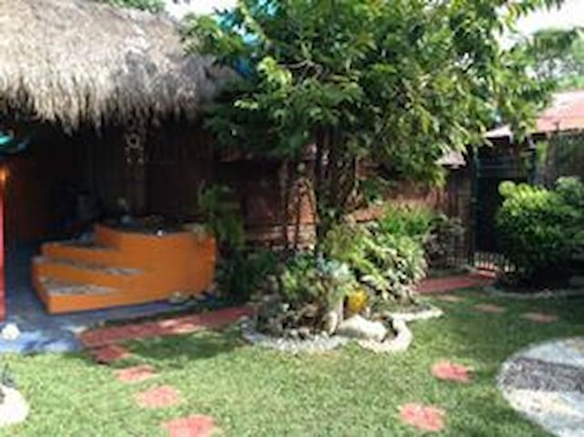 BEST VALUE.The Bamboo Orange Guesthouse&Pool