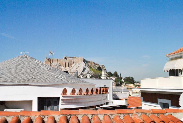Alice Inn's Harry Belafonte Suite in Plaka with Acropolis View from Terrace