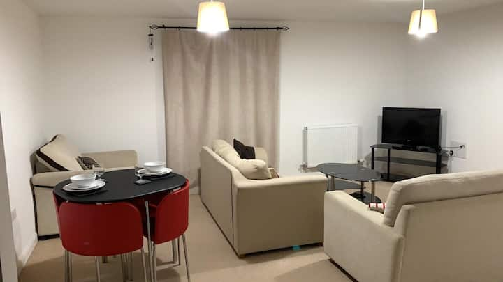 Large double bedroom in a 2 bedroom flat