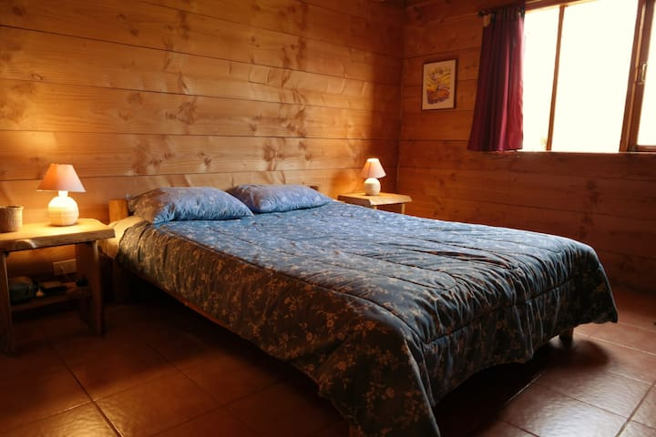Pucon, River Hostel (double bed, shared bath)