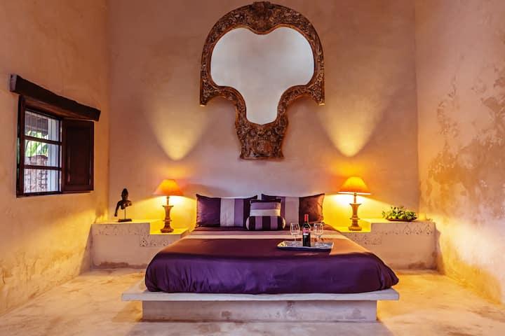 Master Suite @ Hacienda Sacnicte, Izamal