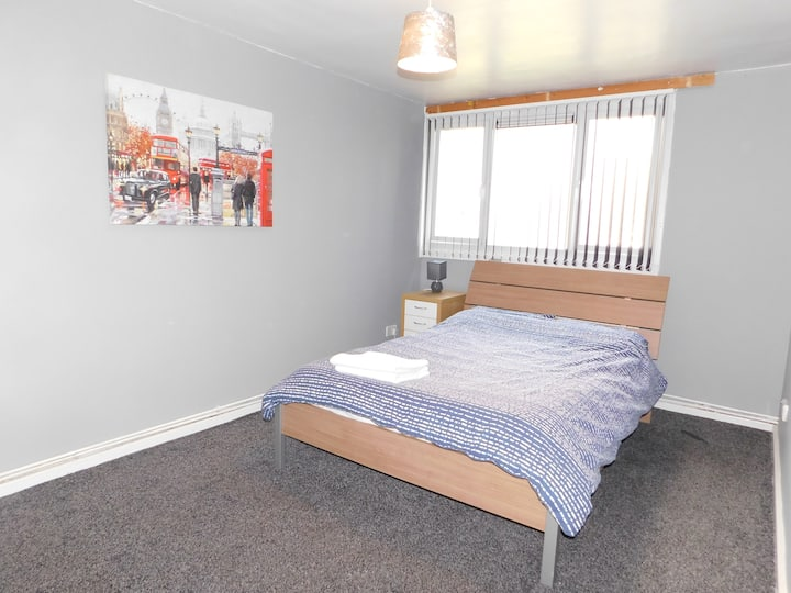 4 bed cosy centre apartment - WINMORE