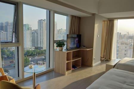日照市安泰国际广场大飘窗公寓
