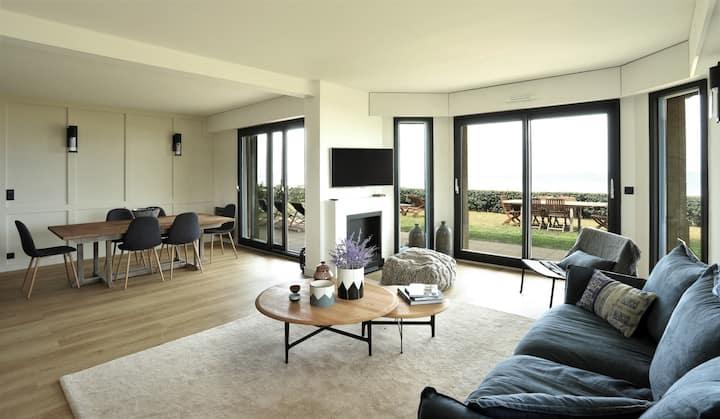 Appartement en Front de Mer & Piscine