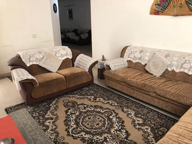 Fully furnished comfortable 4 bedroom apartment