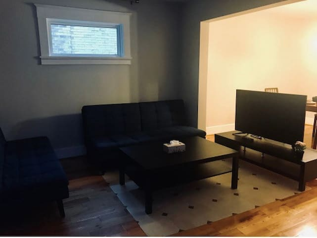 3 Bedroom house hosted by Baohong
