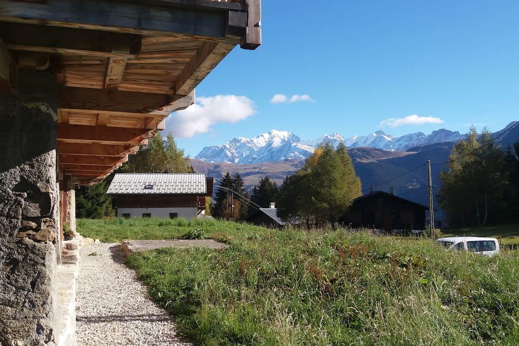 le Mont Blanc en arrière-plan