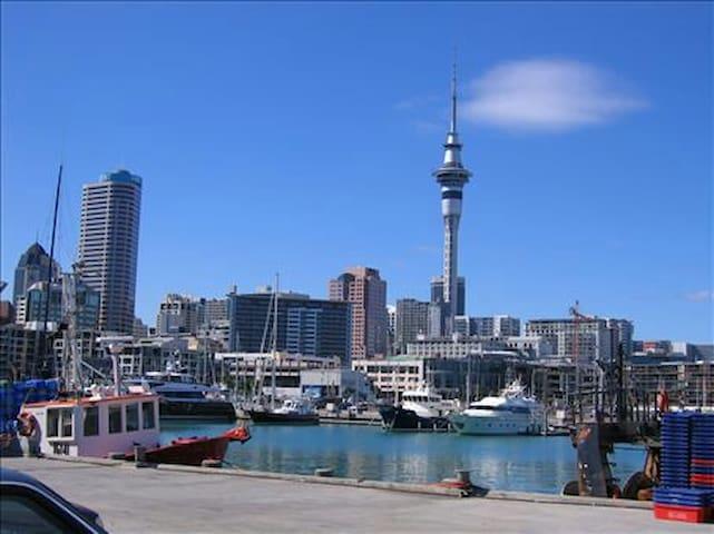 Private room in Auckland CBD,Handy ,Comfortable - โอ๊คแลนด์ - ลอฟท์