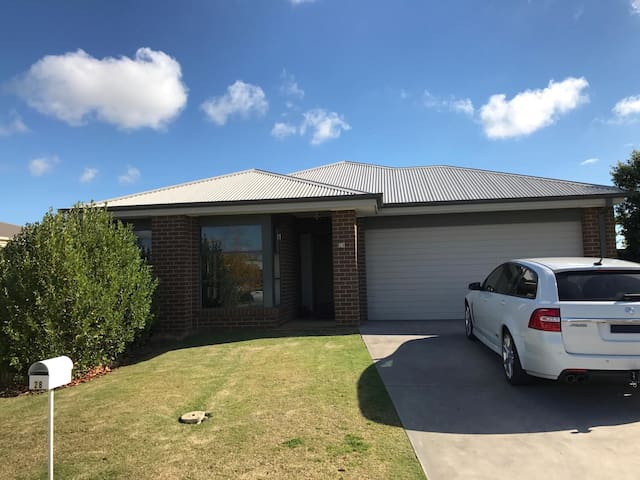 Moama Family home
