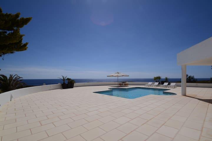Family villa with sea view &beaches - Binidalí