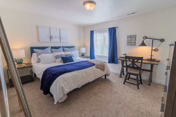 """Imagine relaxing in the Master Bedroom complete with 50"""" tv."""
